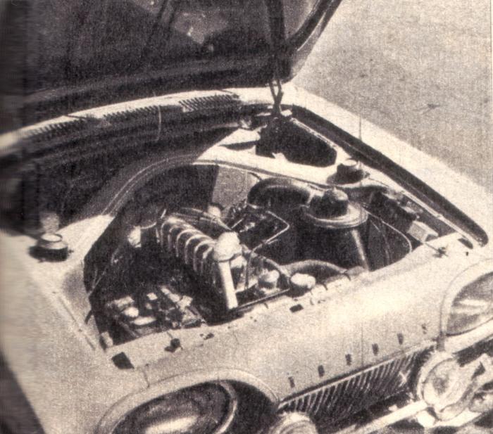 Motor del Ford Taunus 17 M de 1961. La foto es de la revista Parabrisas de junio de 1962.