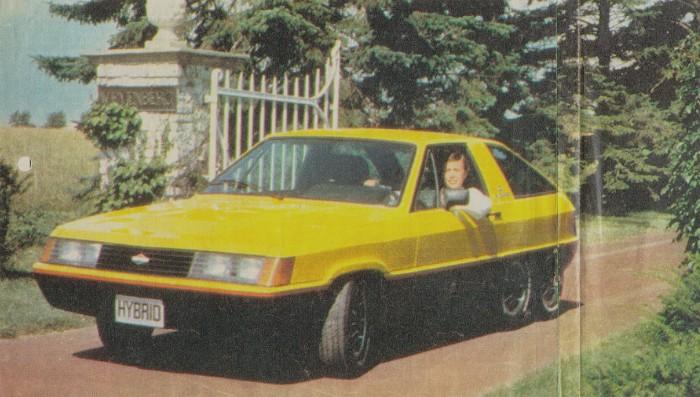 Hybrid de 1980 fabricado por Briggs & Stratton. Un auto híbrido con motor eléctrico y a nafta. La fotografía pertenece a la revista Parabrisas Corsa del 27 de febrero de 1980.