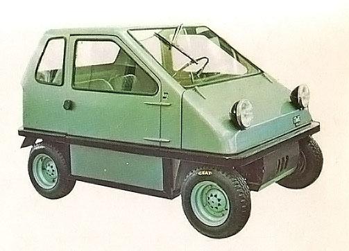 Log de Lawil de 1972 con motor delantero de dos cilindros de dos tiempos. La fotografía está tomada de la Enciclopedia Salvat del Automóvil, Volumen 2, 1974.