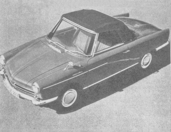 El NSU Spider Wankel de 1965 con su capota de lona desplegada. La fotografía es de la revista Parabrisas número 58 de septiembre de 1965.