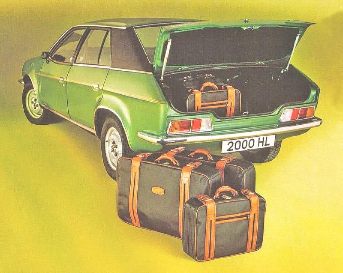 Parte trasera del Austin Princess 2000 HL modelo 1980. La foto corresponde a un folleto de la empresa inglesa British Leyland Ltd.