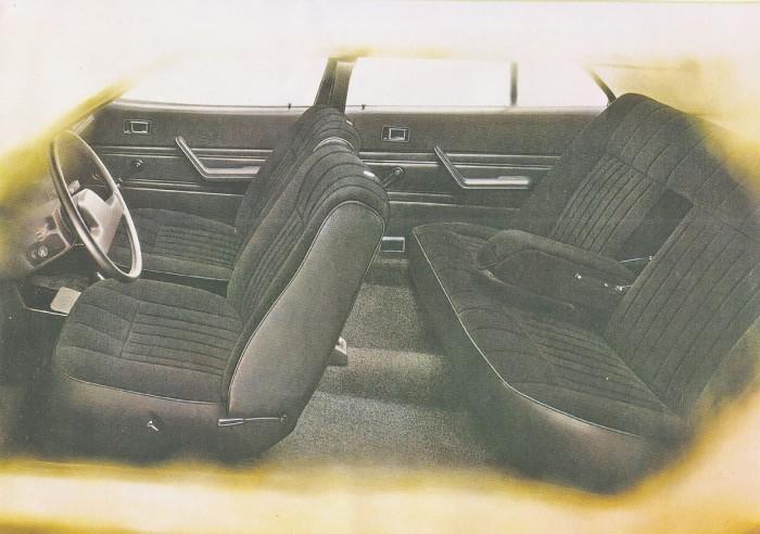 El habitáculo visto de perfil del Austin Princess 2000 HL modelo 1980. La foto corresponde a un folleto de la empresa inglesa British Leyland Ltd.