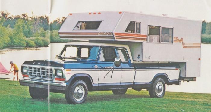 Ford F-250 en la versión casa rodante (Camper Special Package) del año 1979. Fotografía de un folleto de la empresa Ford Motor Company de julio de 1978.