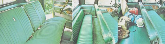 El interior de un modelo Ford F-350 Ranger XLT Super Cab (cabina extendida) con el asiento trasero plegable. Las fotografías fueron tomadas de un folleto de la empresa Ford Motor Company de julio de 1978.