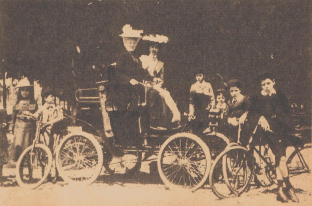 Un Locomobile a vapor   Archivo de autos