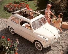 Fiat 600 cabriolet del año 1958 vendido en el mercado alemán. Fotografía tomada de un folleto de época.