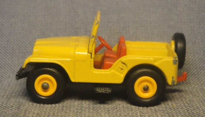Jeep amarillo 03