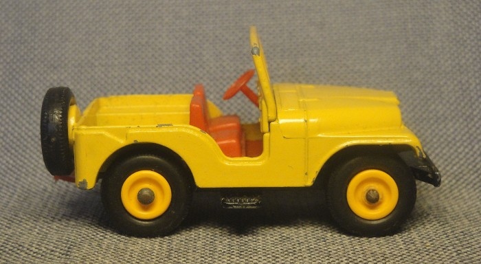 Jeep amarillo 04