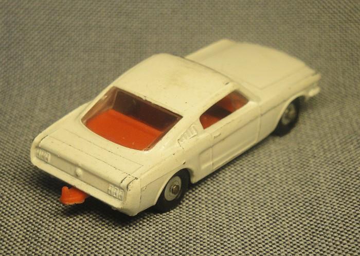 Mustang 08