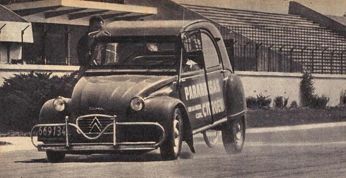 Citroën 2CV 03