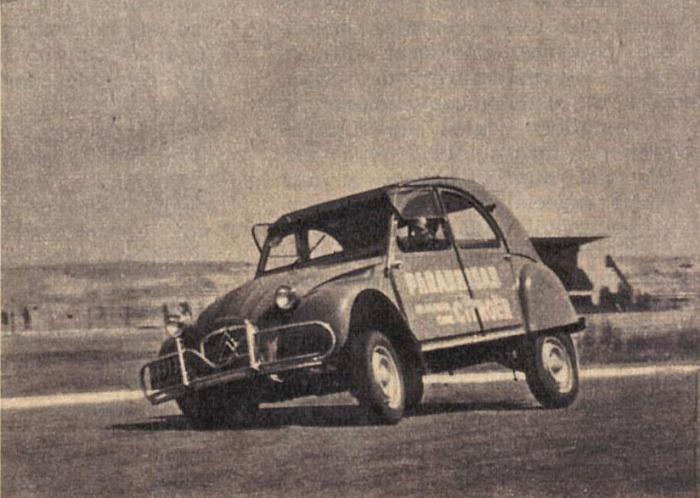 Citroën 2CV 06