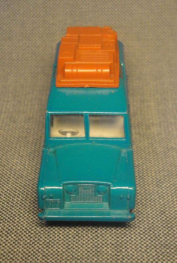 Land Rover Safari 09