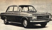 Audi 72 de cuatro puertas del año 1965.