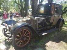 El Renault de 1910 tiene una carrocería tipo Landaulet.