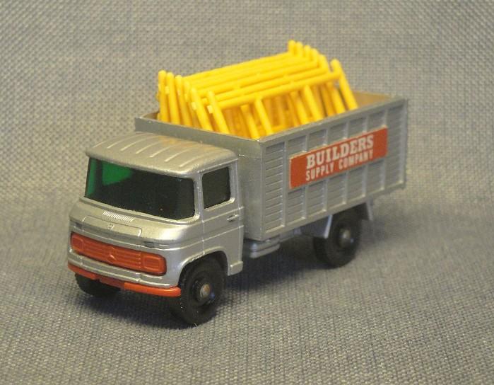 mercedes-benz-608-06