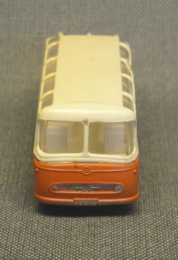 mercedes-coach-09