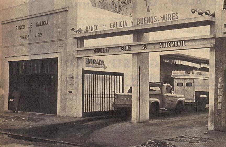Cajero de banco para automovilistas archivo de autos for Banco galicia busca cajeros